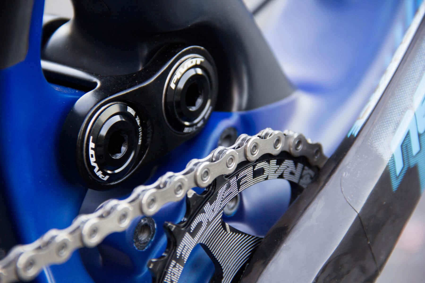 Pivot 5.5 Anniversary Edition - Race Face Next SL Cranks