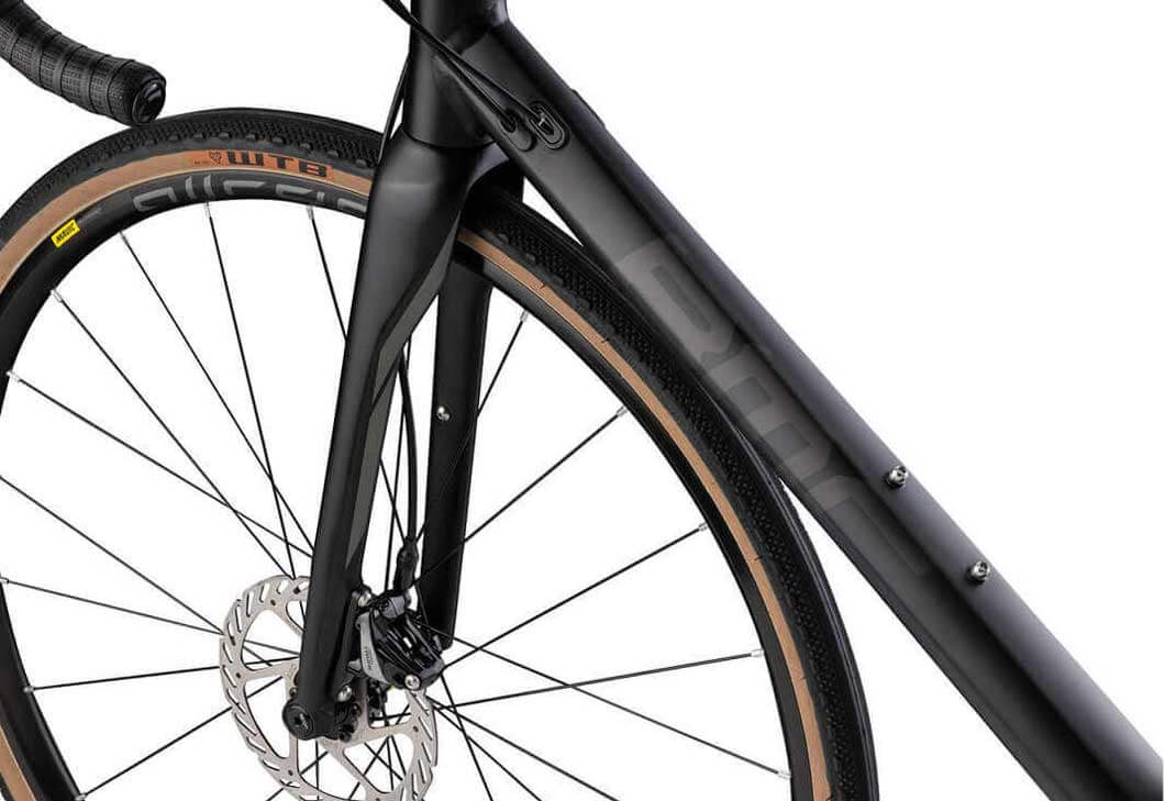 BMC Roadmachine X (56cm) Carbon Fork and Disc Brakes